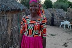 Diese wunderschöne Frau heißt Hermes. Sie ist die Mutter dreier Kinder. Ihr Wohnort ist in Gapo.