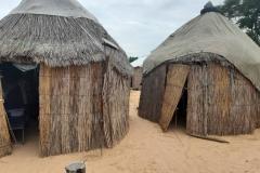 Die beiden Häuschen teilte sich unser vierköpfiges Team als Unterkunft in Gapo.