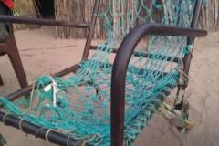 Dieser Stuhl ist eine gewöhnliche Sitzmöglichkeit. Für uns unvorstellbar. Längst hätten wir sie entsorgt. Doch sie ist bequemer als man denkt.